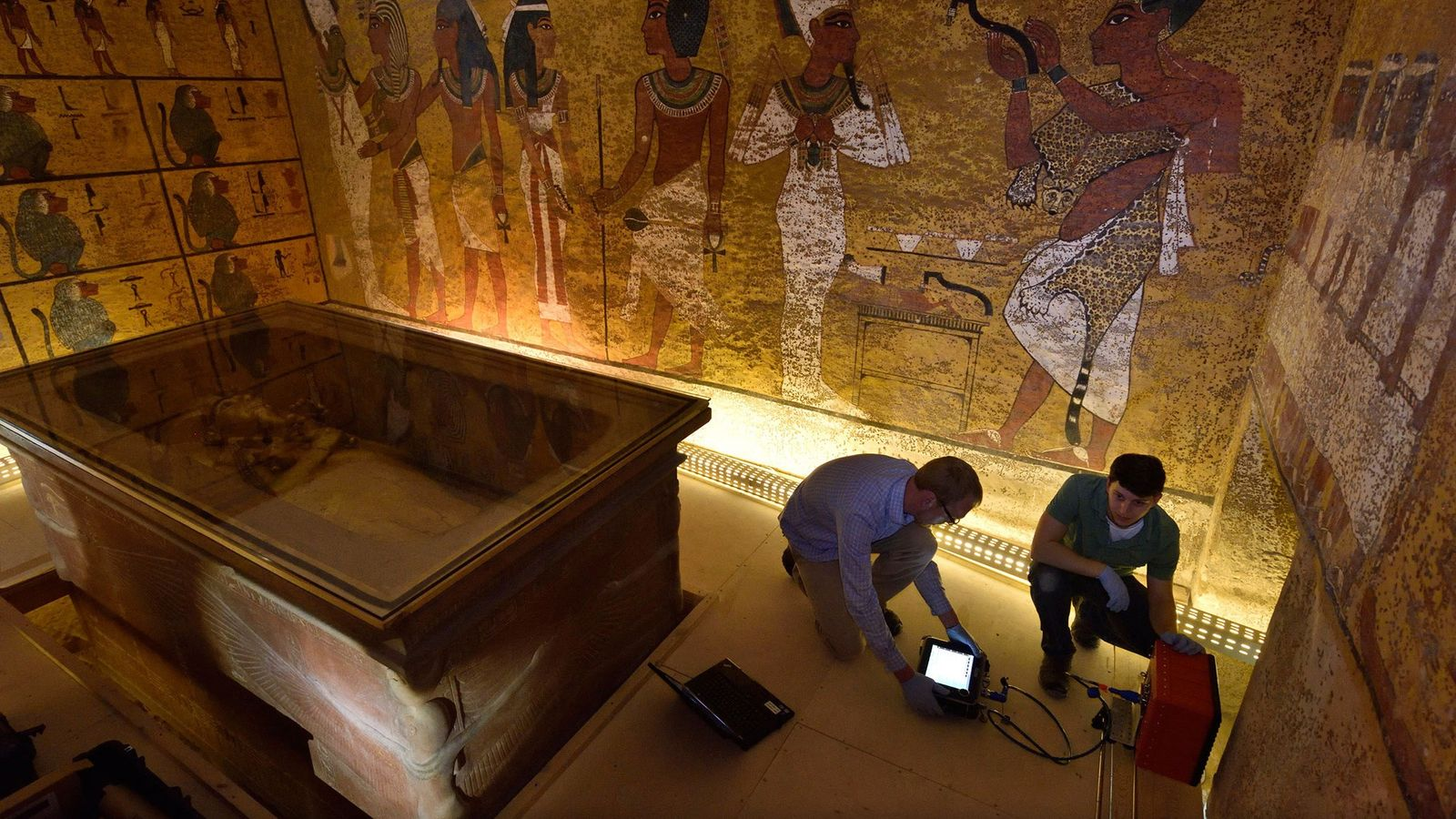 Sur la piste de la reine Néfertiti