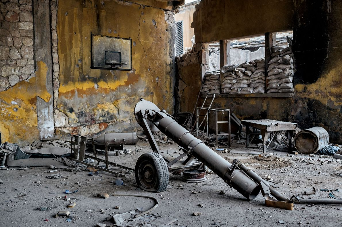 Une autre école dans le quartier de Kallaseh, a servi de camp de base aux forces ...
