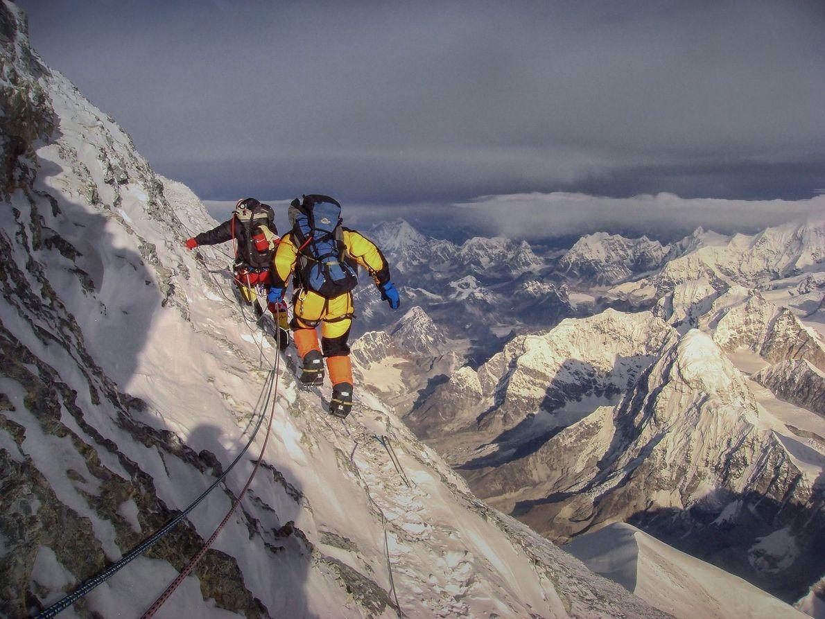 Photo prise à environ 8800m d'altitude, au sommet du mont Everest.