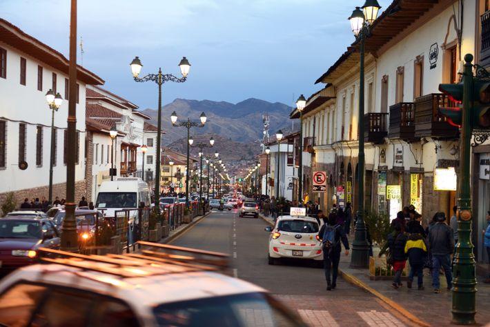 Situé à 3 400 m d'altitude dans la cordillère des Andes, Cuzco et ses rues bordées ...