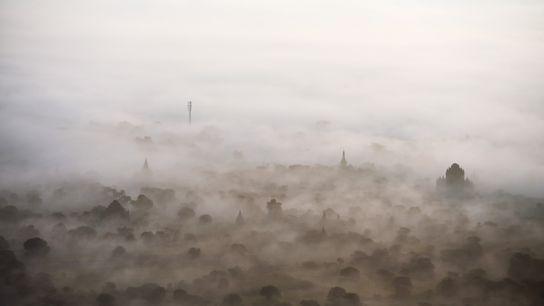 Pour appréhender les quelque 3 000 temples de Bagan, capitale du premier empire birman, entre le ...