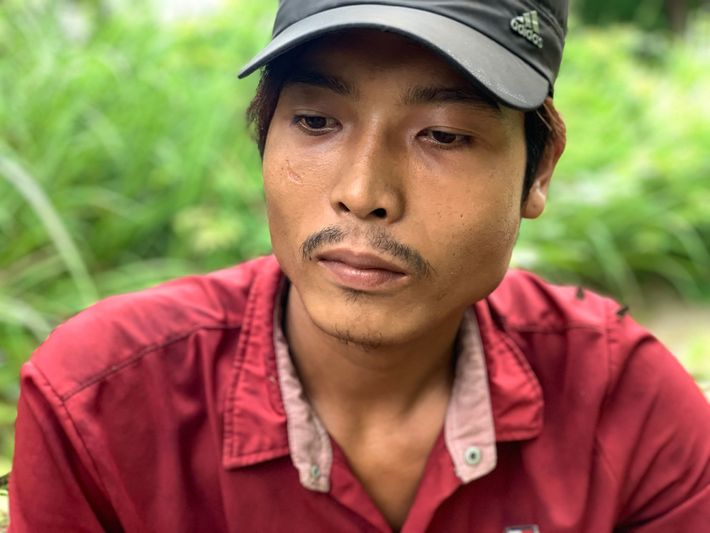 « On doit aller très loin pour trouver de bonnes grumes », indique Myo Minaung, agriculteur et bûcheron ...