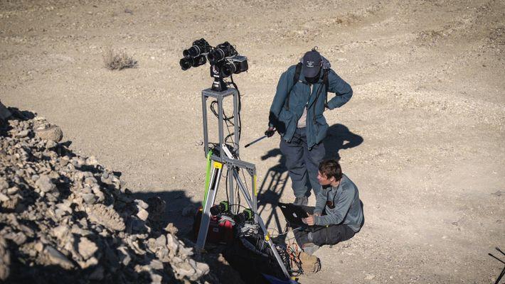 Il faut beaucoup de pratique pour réussir à faire fonctionner un rover sur Mars. Sur la ...