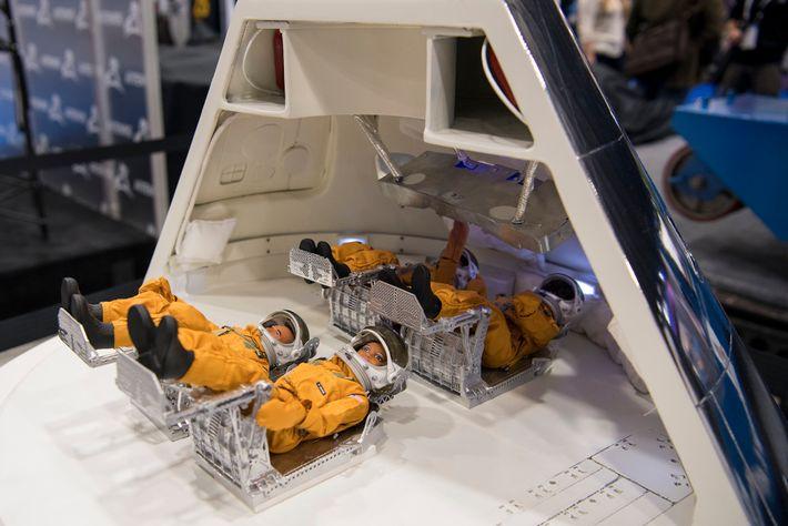 Modélisation du vaisseau spatial Orion, construit pour emmener les Hommes sur la lune, exposé lors d'une récente ...