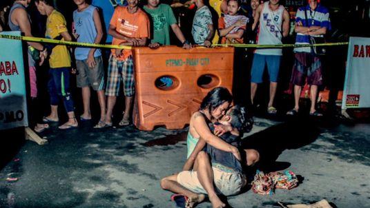 Ces photojournalistes documentent la guerre contre la drogue au péril de leur vie