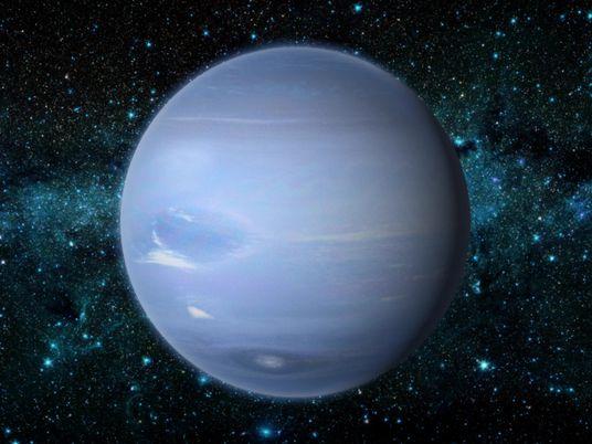 Neptune, la planète qui voyageait seule