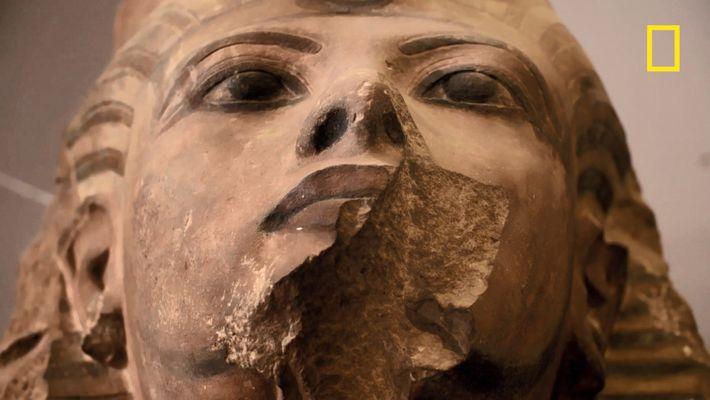 Le tombeau de Toutankhâmon usurpé ?