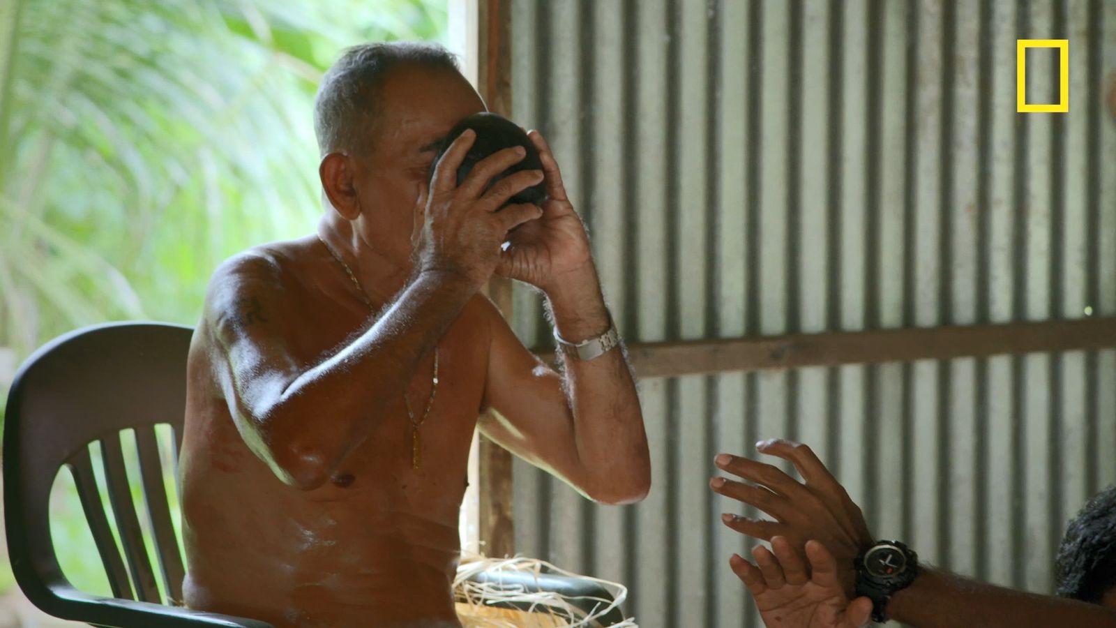 En Micronésie, il faut boire du thé pour éviter la mort