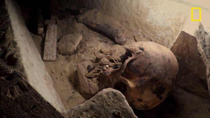 Que s'est-il passé dans ce tombeau égyptien ?