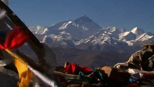 Les sommets himalayens continuent de grandir