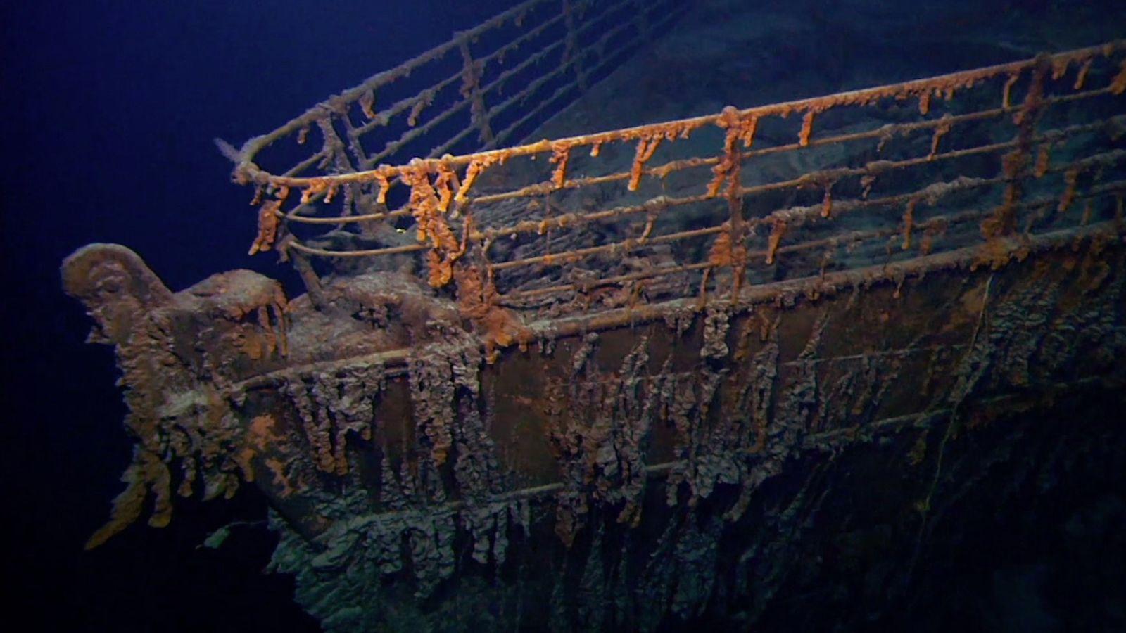 """À 02h20 le 15 avril 1912, l'""""insubmersible"""" Titanic disparut sous la mer, emportant avec lui 1500 ..."""