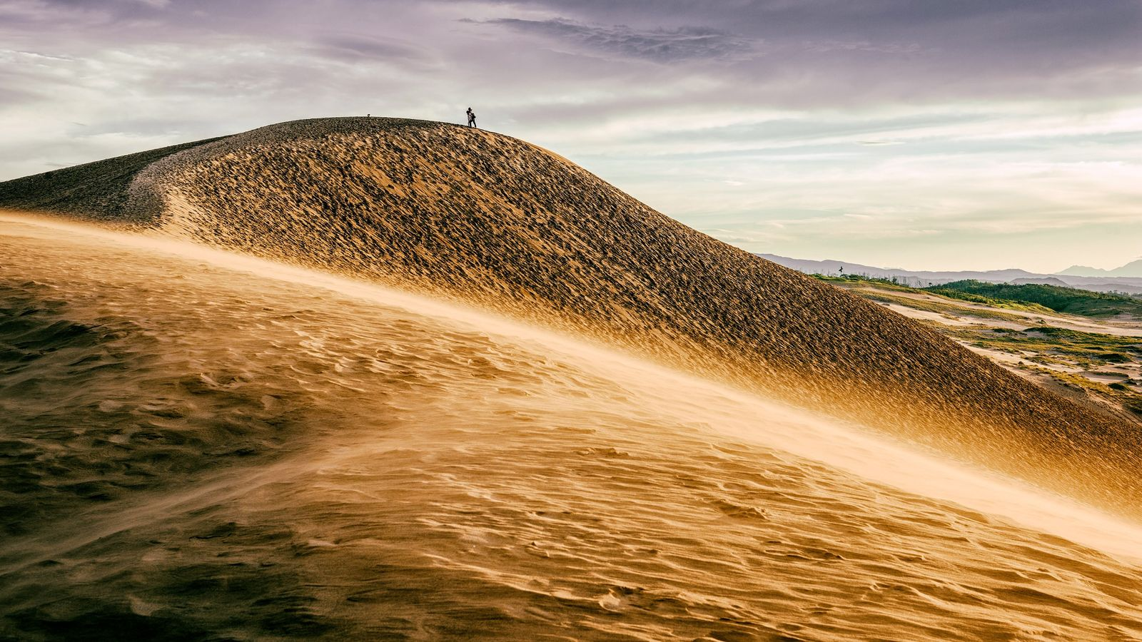 Dunes de sable à Tottori, le long de la mer du Japon.