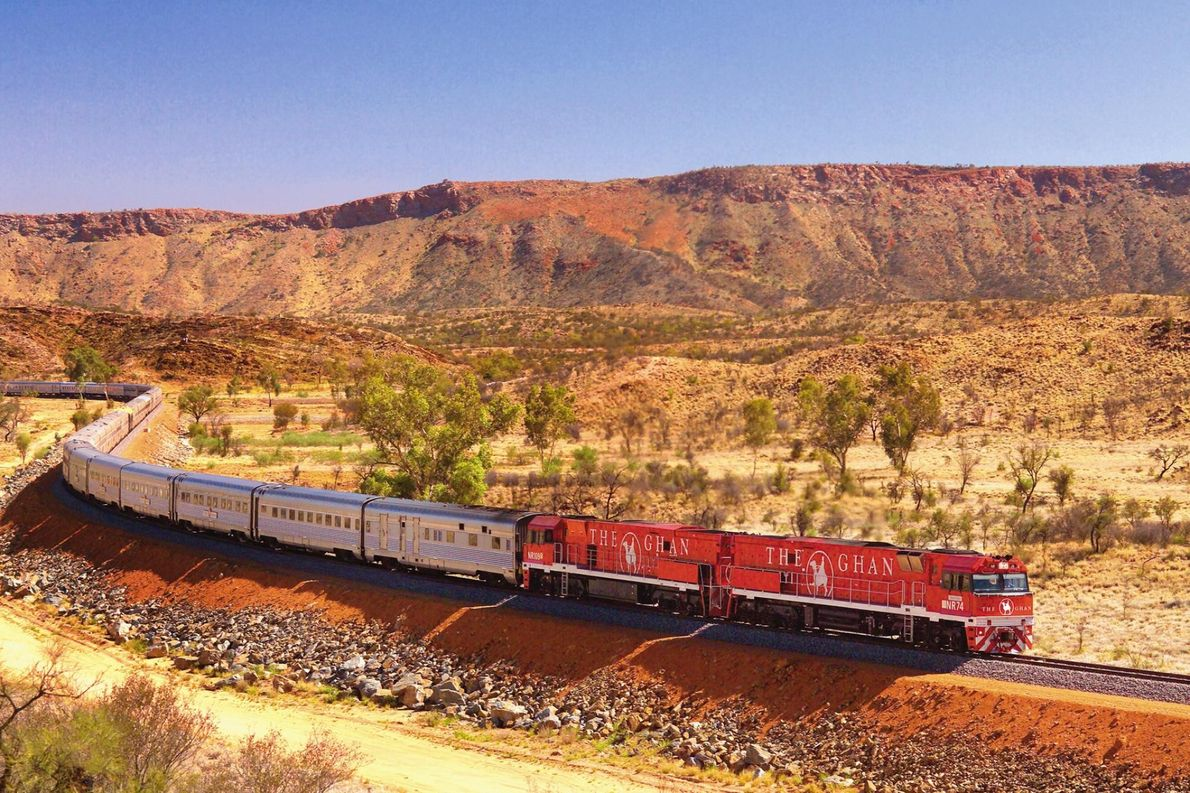 Fourrez vos chaussures de randonnée et vos jumelles dans votre valise et partez explorer Alice Springs ...