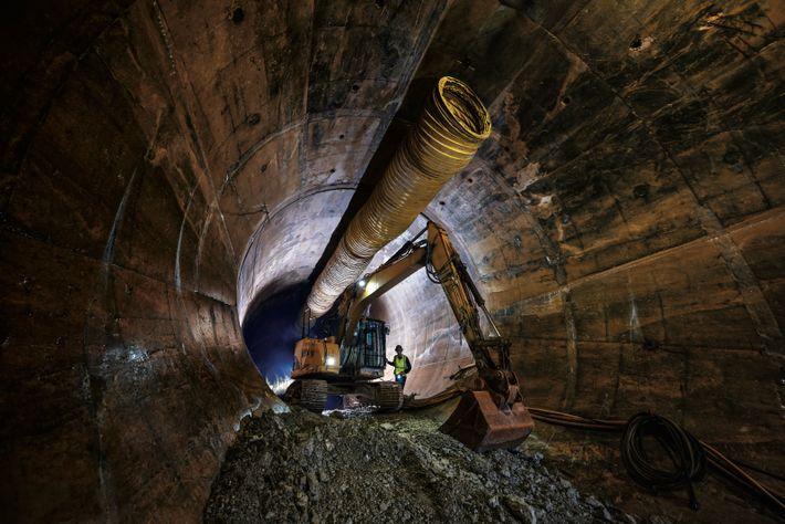 En dessous de Chicago se poursuit l'un des plus grands chantiers de génie civil du monde ...