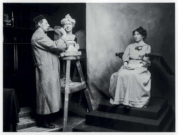La famille Tussaud avait la sculpture dans le sang. Le musée deviendra une entreprise familiale lucrative ...