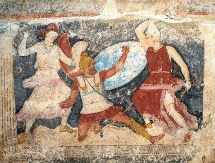 Deux Amazones viennent à bout d'un combattant dans cette illustration figurant sur le Sarcophage des Amazones, ...