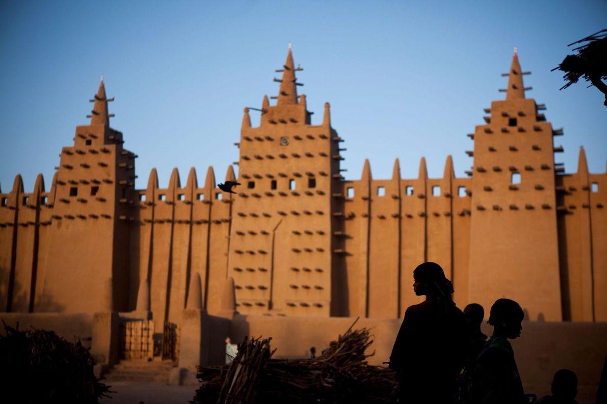 VILLES ANCIENNES DE DJENNÉ, MALI À Djenné, l'une des plus vieilles villes d'Afrique sub-saharienne habitées depuis 250 ...