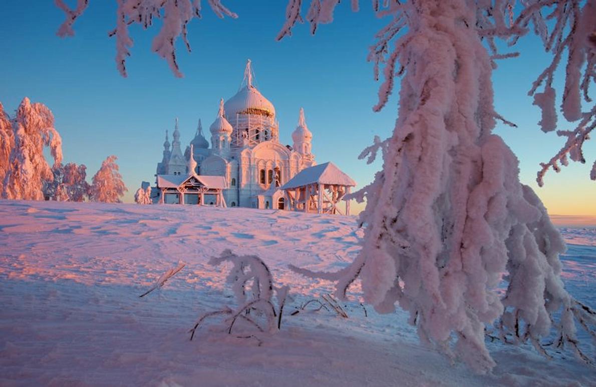 La montagne blanche, monastère de Belogorsky, région de Perm, Oural central, Russie, -38°C.