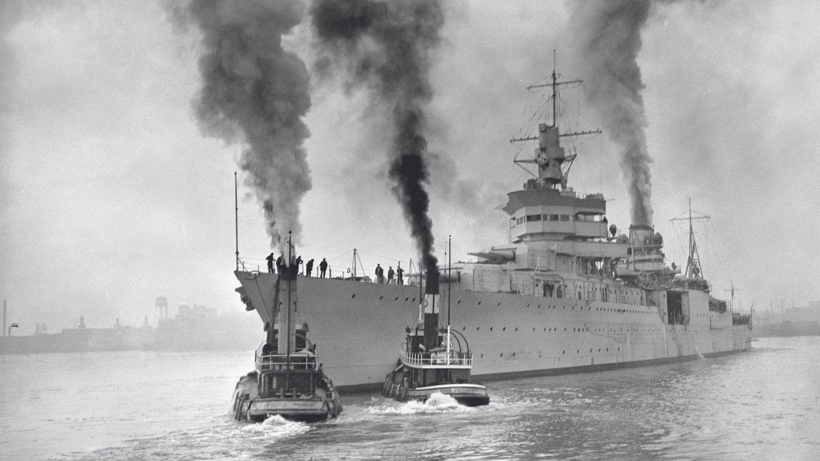 Le navire de guerre U.S.S. Indianapolis a été coulé par un sous-marin japonais en 1945.