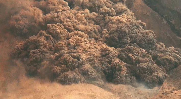Les nuées ardentes du Vésuve : incontrôlable cataclysme