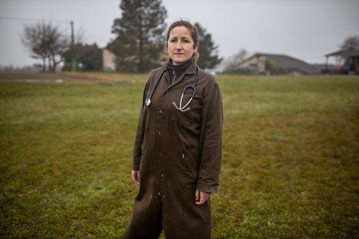 Marianne Bulvestre a toujours voulu devenir vétérinaire. En territoires ruraux, la réalité est parfois éloignée du ...