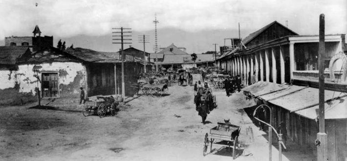 Calle de Los Negros