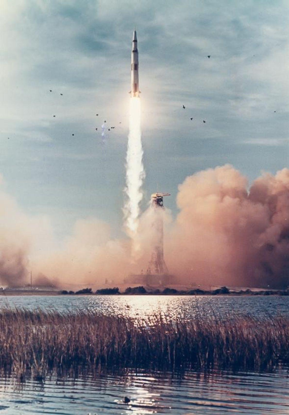 En 1968, Apollo 8 décolle du Cap Canaveral, appelé à l'époque Cap Kennedy, situé en Floride. ...