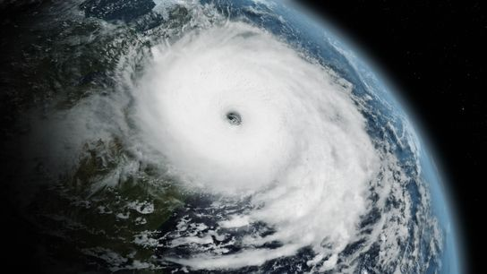 La série événement À la poursuite des tornades revient sur les tempêtes les plus impressionnantes qui ...