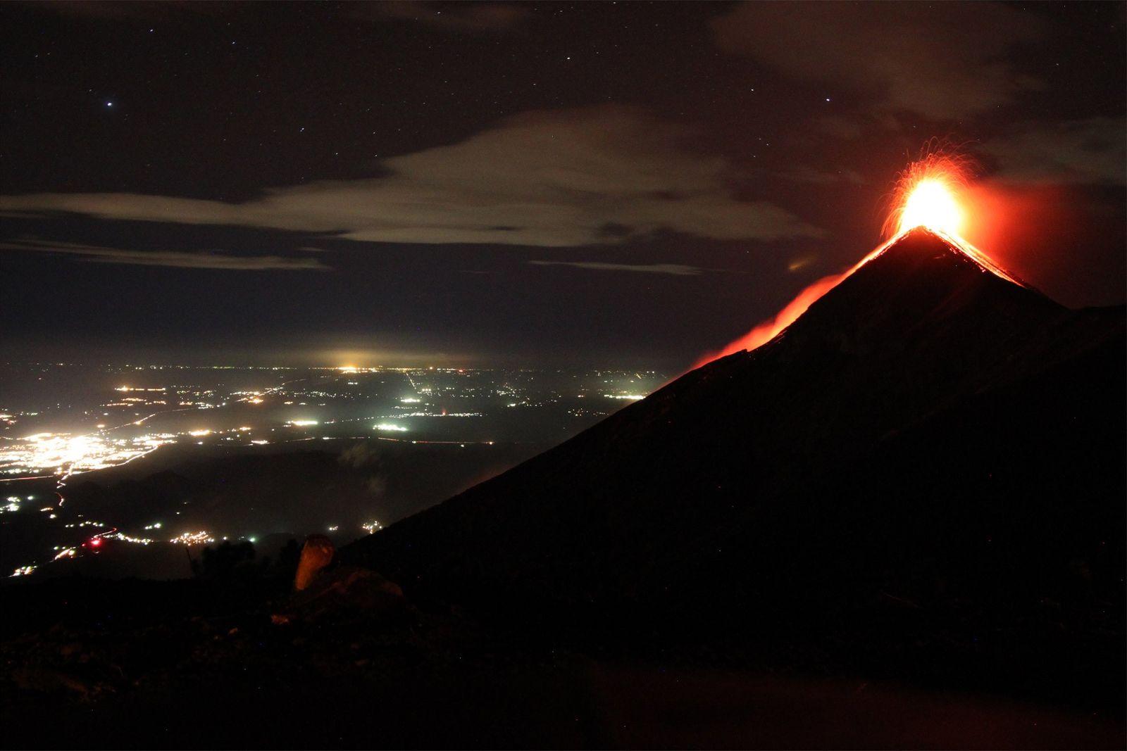 Guatemala : Pourquoi le volcán de Fuego est plus meurtrier que les volcans hawaïens