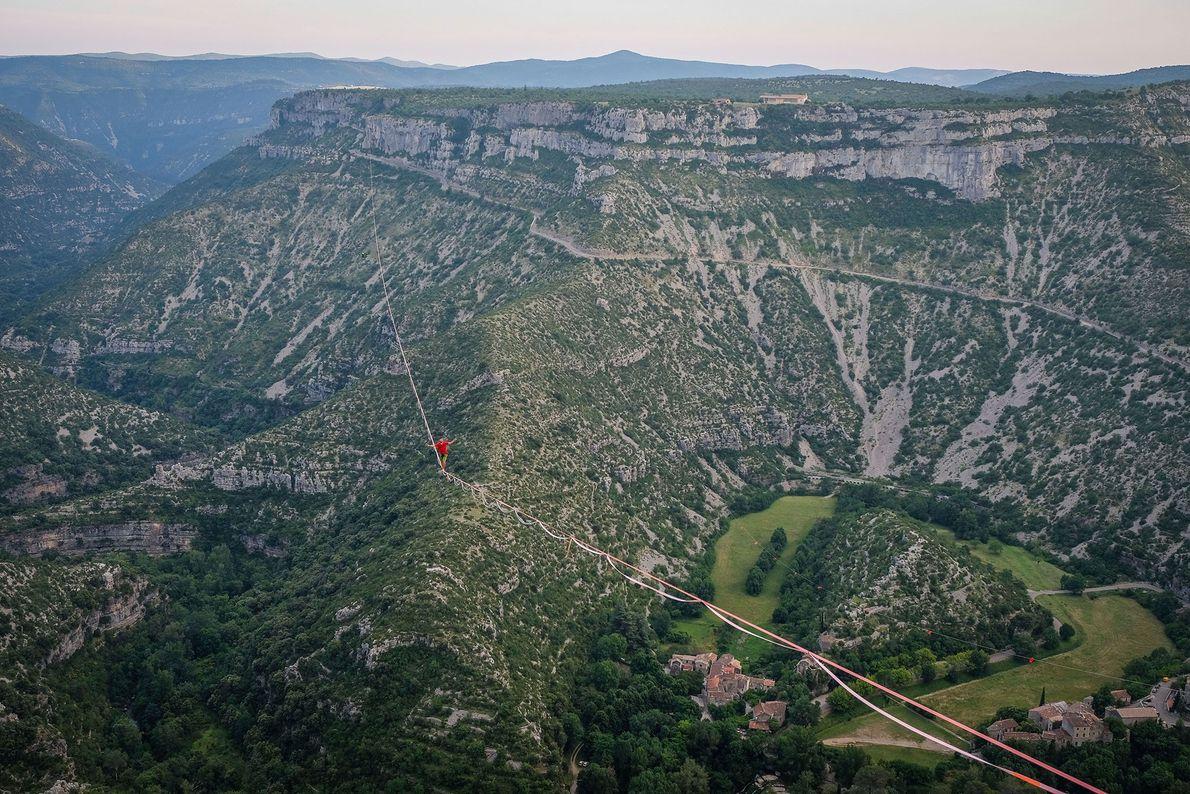 World record highliner above Navacelles