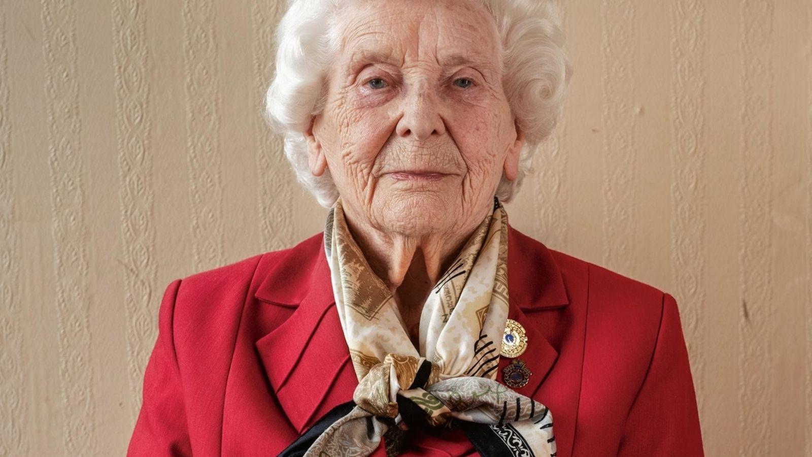 Betty Webb, 97 ans, n'avait que 18 ans lorsqu'elle a commencé à travailler à Bletchley Park, ...