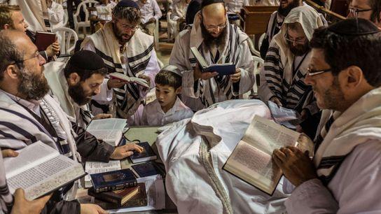 yom-kippur-489828672
