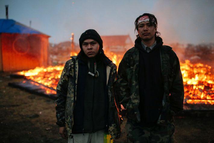 À Cannon Ball, dans le Dakota du Nord, deux jeunes militants pour les droits à l'eau ...